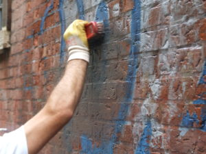 Rimozione graffiti 11 - Stevanato | Soluzioni per umidità e infiltrazioni